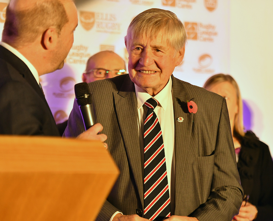 Johnny Whiteley MBE inducted into the RL Hall of Fame